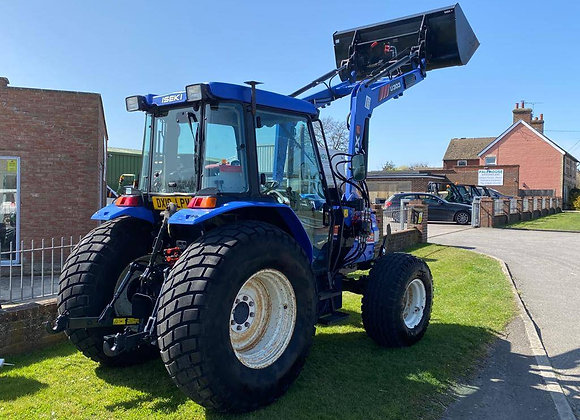 Iseki TJ75 Compact Tractor fitted with Front loader & Bucket