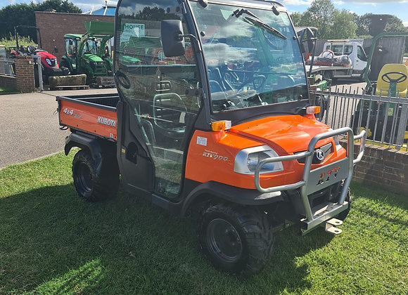 Kubota RTV900 4 wheel drive utility vehicle