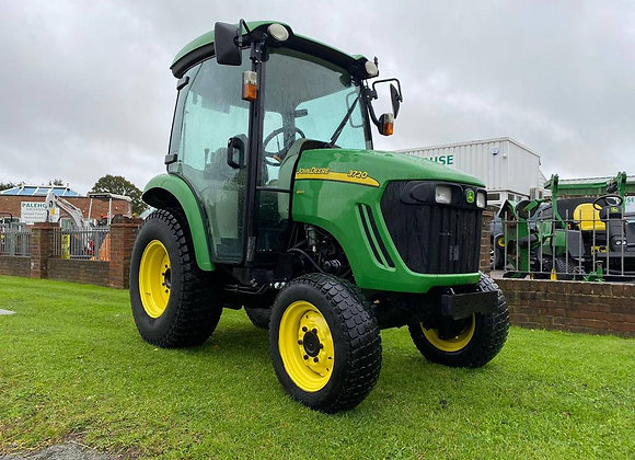John Deere 3720 e-hydro Compact Tractor