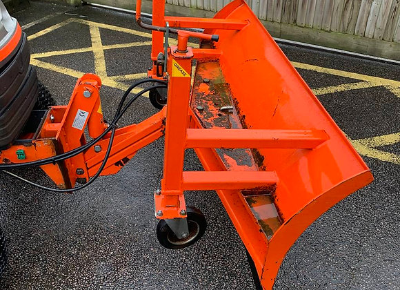 Tomlin SB165 Compact tractotor front mounted snow blade