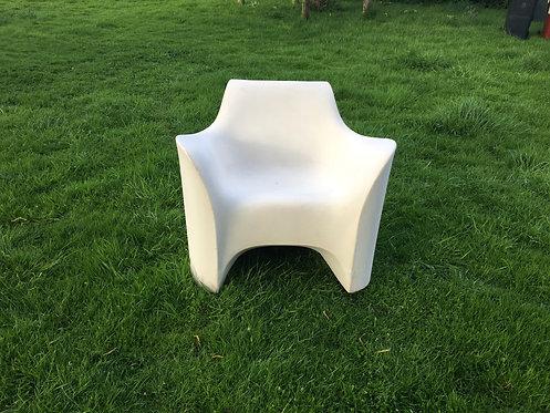Uber cool resin chair by Tokyo designer Tokujin Yoshioka