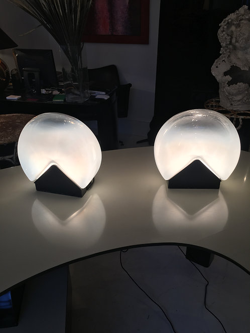 Pair of glass and black metal lamps by Roberto Pamio