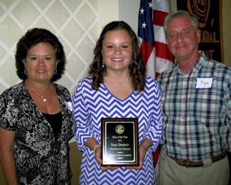 Sara Bradley receives Hero Award from Salisbury Civitan Club