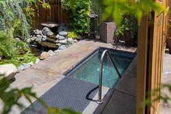 Chozu Summer-23-garden-pool2