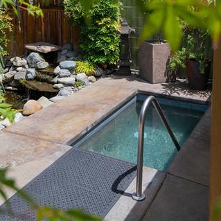 Chozu Summer-23-garden-pool2.jpg