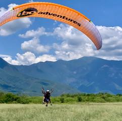 Salto en paracaidas 1.jpg