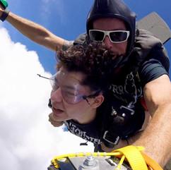 Salto en paracaidas 8.jpg