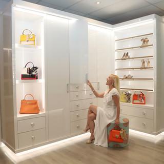 Dressing Lounge Surprise Closet LIfestyl