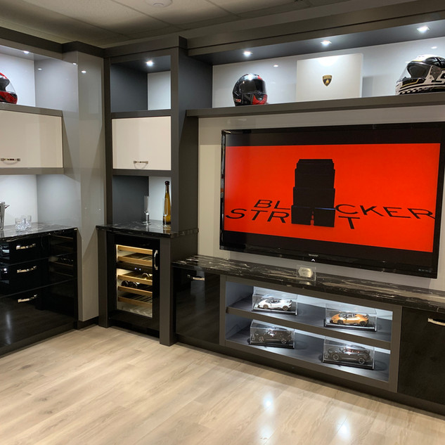 Closet Lifestyle Hospitality Suite .JPG