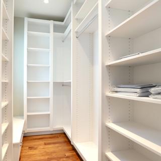 Closet Lifestyle Secondary Closet