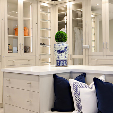Closet Lifestyle Showroom Her Master