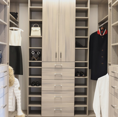 Closet Lifestyle His & Her Closet