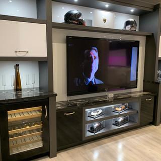 Closet Lifestyle Hospitality Suite Wine