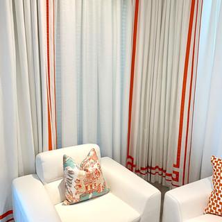 Closet Lifestyle Showroom Reception.jpg