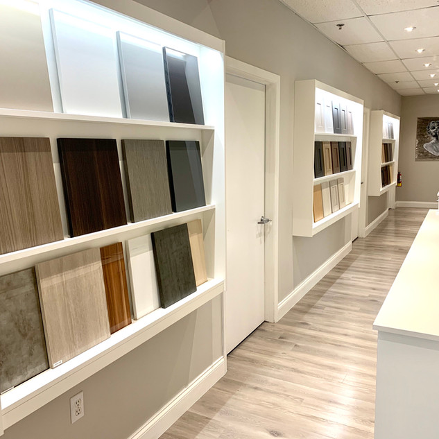 Closet Lifestyle Showroom Sample Wall
