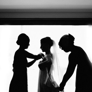 Top 10 tips for the bride getting ready