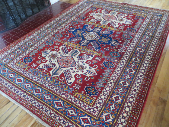 Finely Woven New Rugs