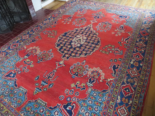 7 x 11 Hand Tied Persian Viss Rug