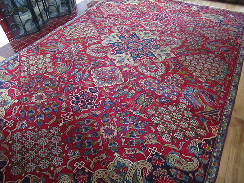 7 x 10.5 Hand Knotted Persian Isfahan Rug