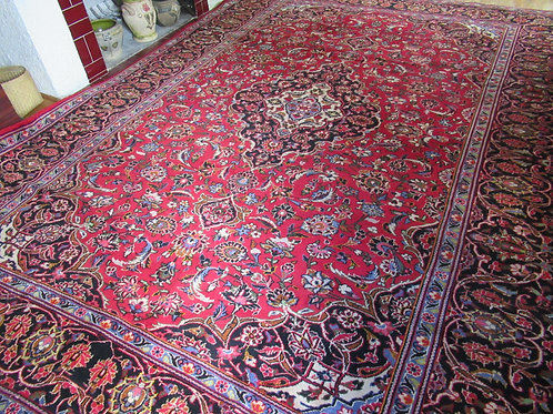 8 x 11.5 Hand Knotted Persian Kashan Rug