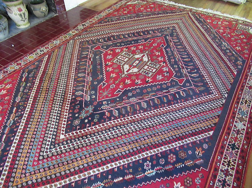 7 x 10.5 Hand Tied Persian Abadeh Rug
