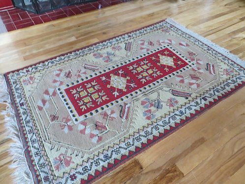 3 x 5 Hand Knotted Turkish Milas Rug