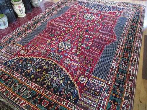 6.5 x 9.5 Hand Tied Persian Shiraz Rug