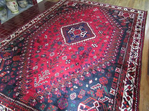 7 x 9.5 Hand Tied Persian Qashqai Rug