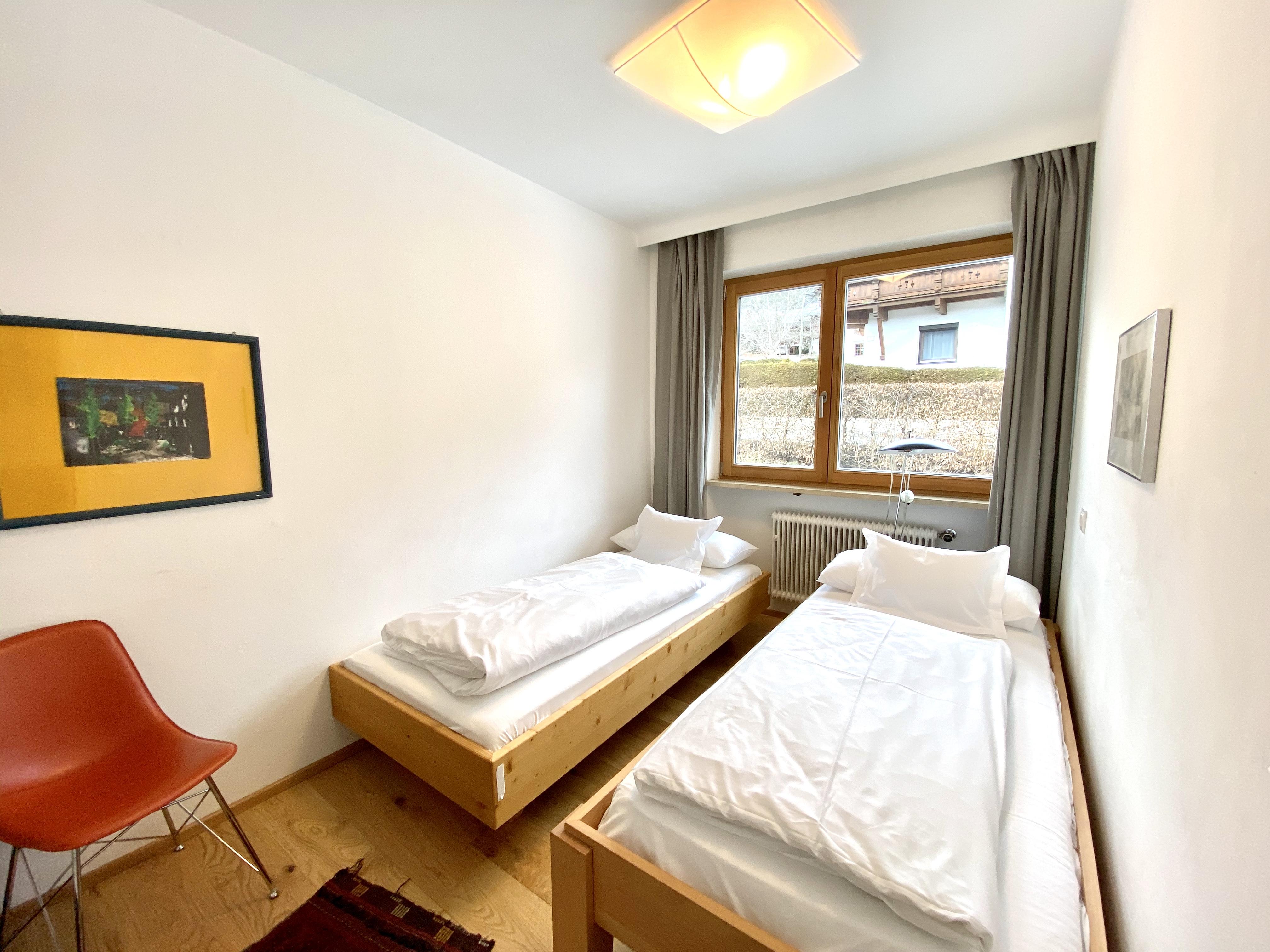 Kirchdachl Schlafzimmer 4