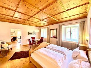 Zuckerhuetl Schlafzimmer.jpg