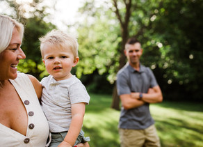 Casual, backyard golden hour maternity session - Wisconsin