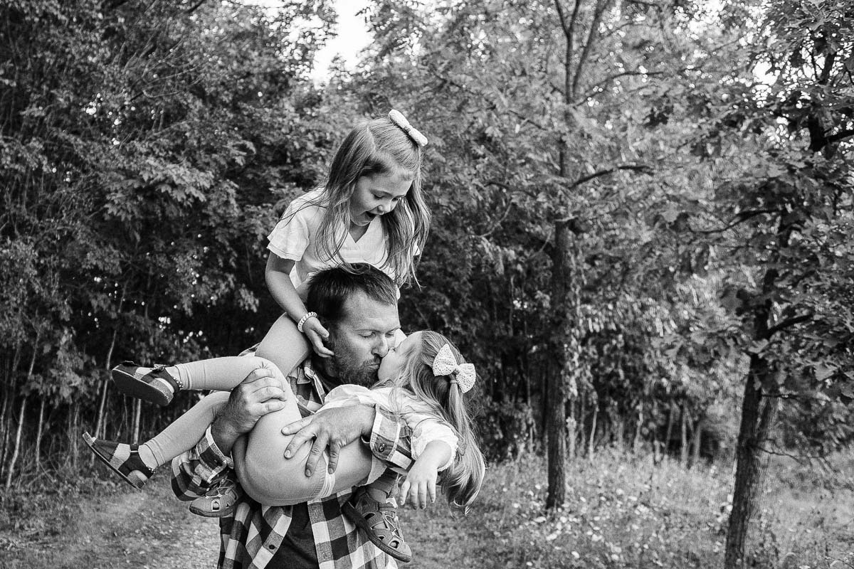 Milwaukee Wisconsin Bright Candid Lifestyle Family Photography