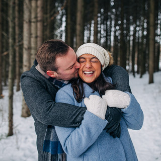 Winter Wonderland Engagement Photos Wisc