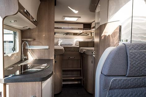 Prima-Reisemobile-Wohnmobil-Küche.jpg