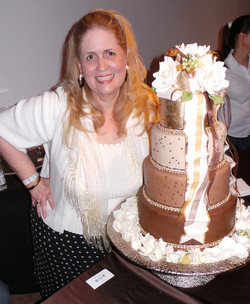 Ana_Paz_with_Chocolate_Cake.jpg