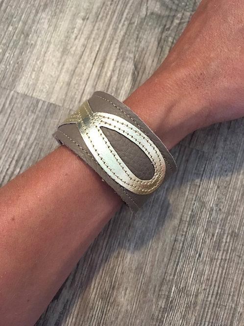 Armband schlamm mit goldenem Infinity-Zeichen