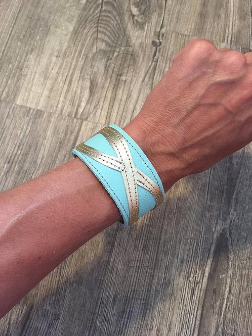 Armband mint mit goldenem Infinity-Zeichen