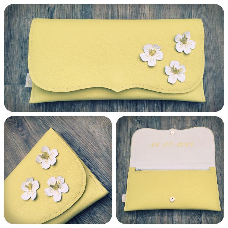Clutch gelb mit Blüten