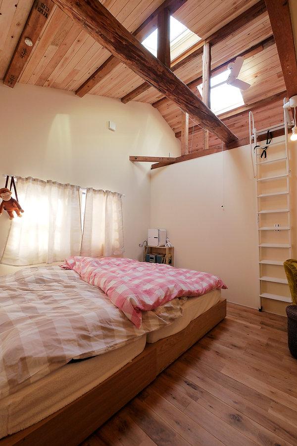 大阪市の住宅リノベーション | 大阪市 | Cooplanning | 大阪市中央区 空堀の注文住宅 2階寝室