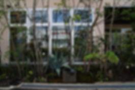 新社屋の設計 大阪 | 大阪 | Cooplanning | 尼崎市大西町 尼崎のオフィス 外構デザイン.植樹グリーンスペース