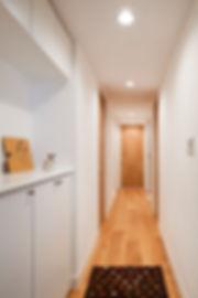 神戸のマンションリフォーム | 神戸市 | Cooplanning | 住吉川の家 廊下.無垢幅広オークフローリング