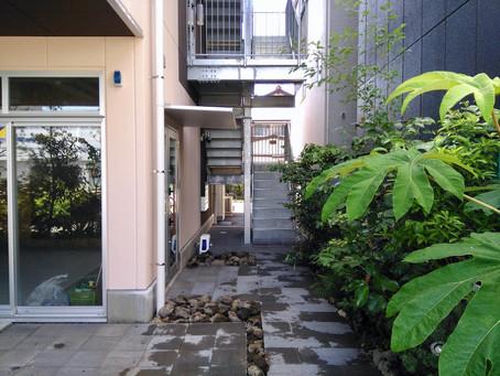 デザインとコストバランスに配慮した事務所+テナントビルを。