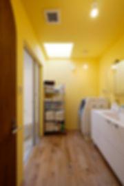 大阪市の住宅リノベーション | 大阪市 | Cooplanning | 大阪市中央区 空堀の注文住宅 2階洗面.脱衣室