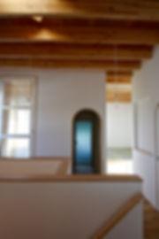 大阪府箕面市の注文住宅 | 大阪 | Cooplanning | 箕面の店舗付き住宅 内観.天井あらわし2階スペース