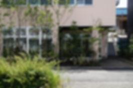 新社屋の設計 大阪 | 大阪 | Cooplanning | 尼崎市大西町 尼崎のオフィス 外構デザイン.グリーンスペース