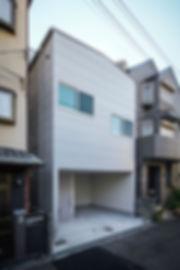 大阪狭山の注文住宅 | 大阪 | Cooplanning | 大阪狭山市 狭山の家 ガレージ