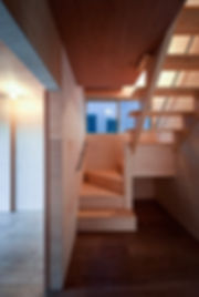 大阪狭山の注文住宅 | 大阪 | Cooplanning | 大阪狭山市 狭山の家 階段.寝室