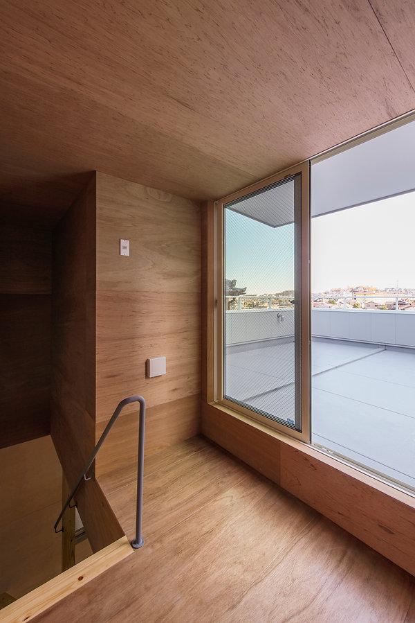 大阪狭山の注文住宅 | 大阪 | Cooplanning | 大阪狭山市 狭山の家 塔屋から屋上テラスを