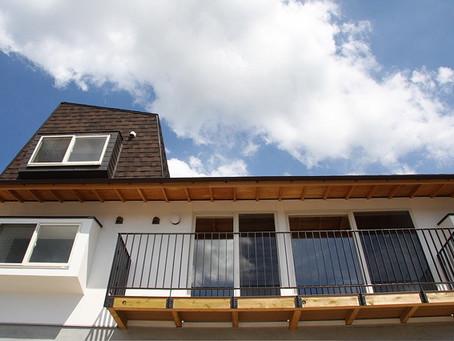 郊外に暮らす ゆとりある平家住宅を。