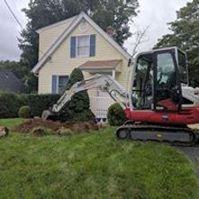 Excavator digging.jpg